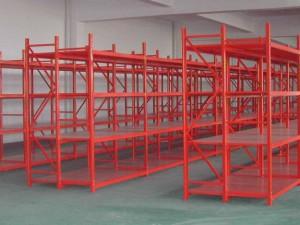 三立柱层板货架