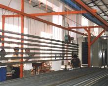 层板货架喷塑车间