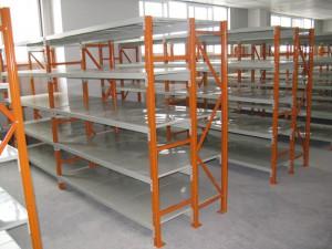 层板货架的立柱选用什么材料?